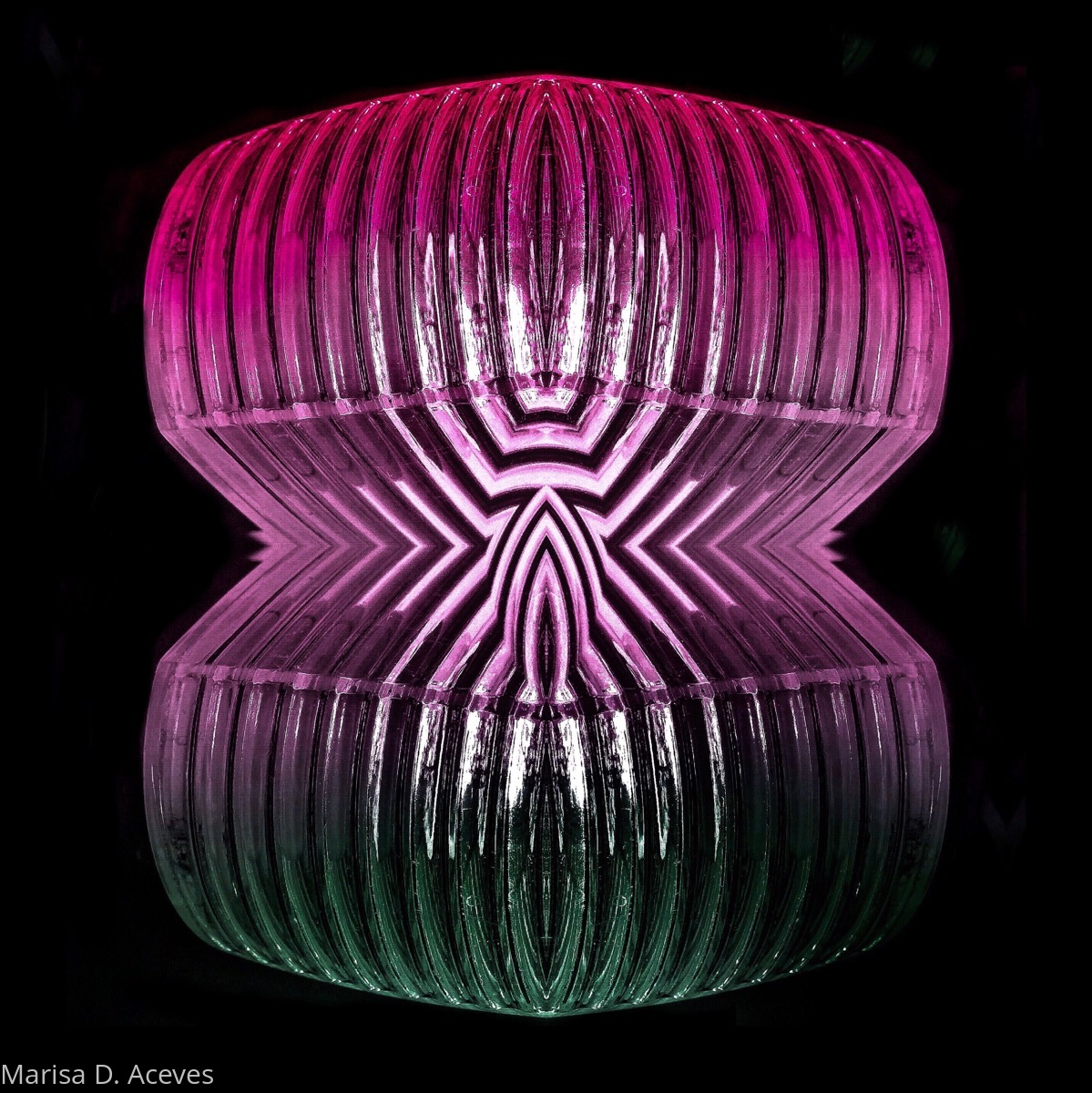 NIGHT LIFE: FUSCHIA HOURGLASS SHELL (large view)