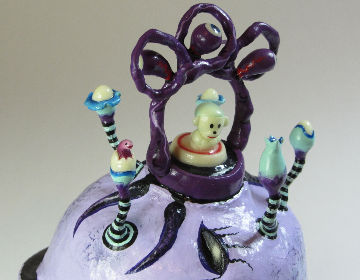 ON THE DIVINITY OF TIME - LILAC MOMENT (DETAIL), Polymer Clay Sculpture (large view)