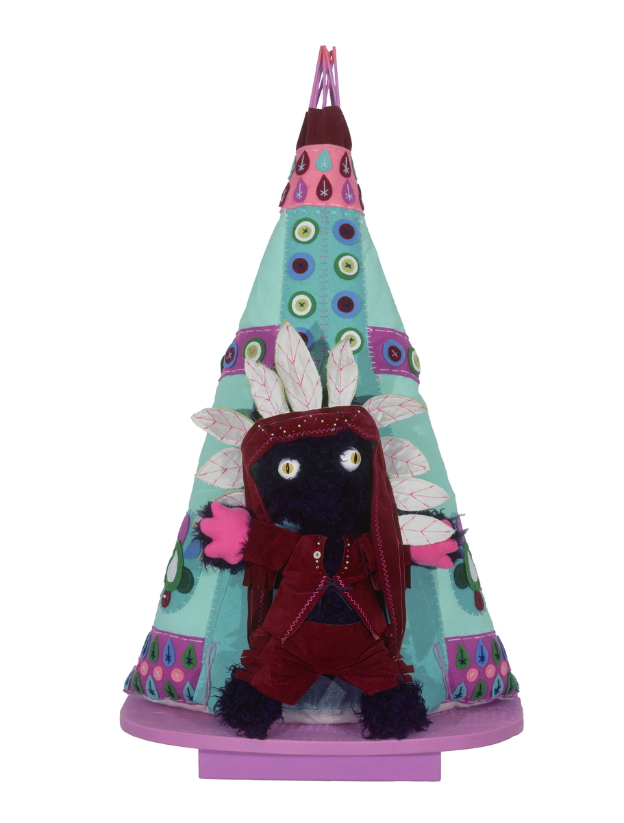 LITTLE CHIEF CATFOOT, Fabric Wall Sculpture (large view)
