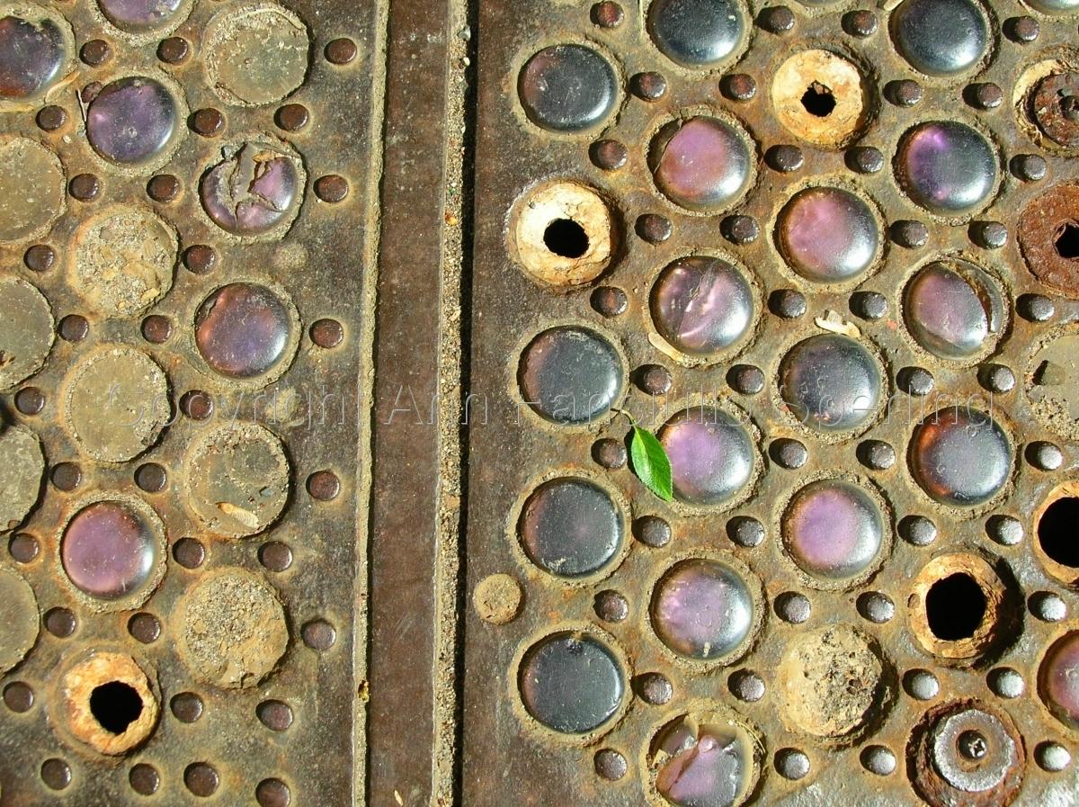 Sidewalk Philadelphia Hoop Skirt Factory (large view)
