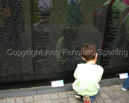Child at Vietnam Memorial (large view)