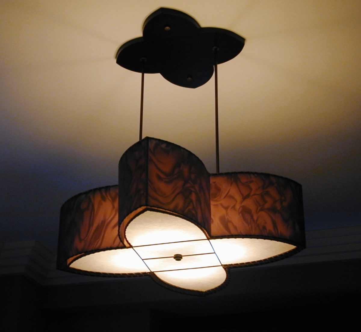 Lotus Lamp/ Pendant (large view)