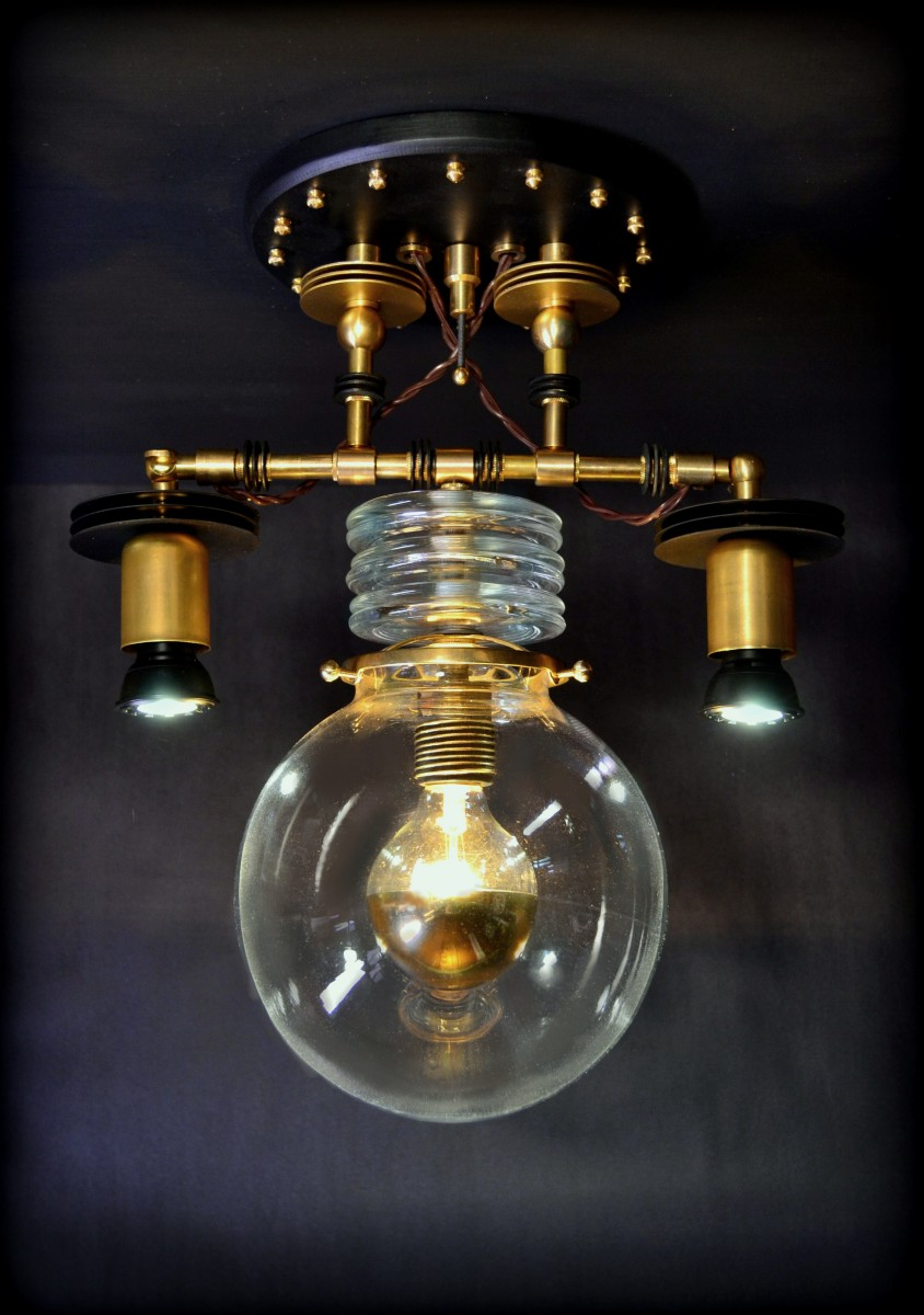 Tesla Pendant Lamp (large view)