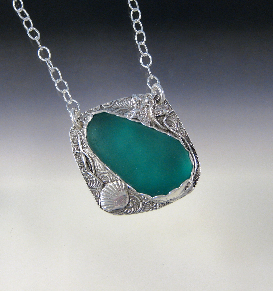 Connie's Teal Beachy Necklace (large view)