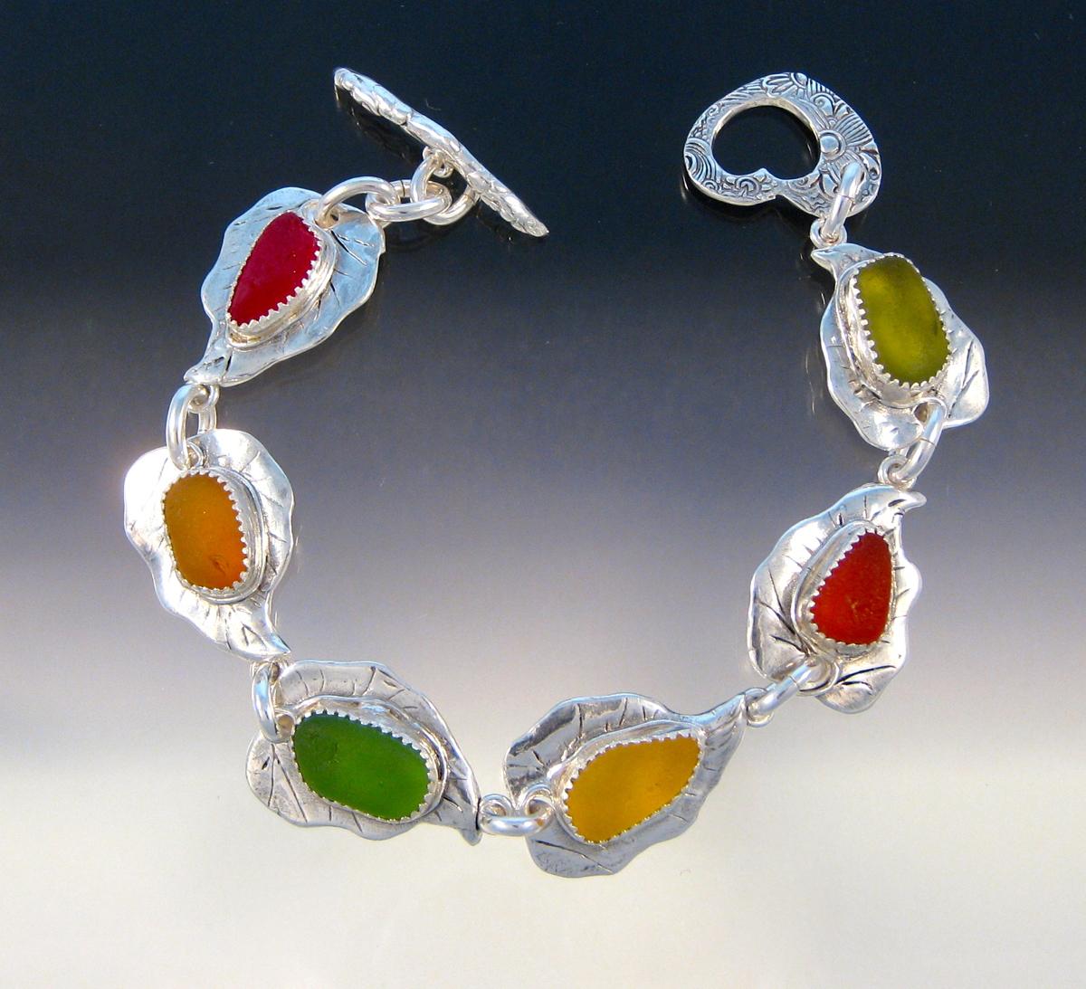 Fall Colors Leaf Bracelet (large view)