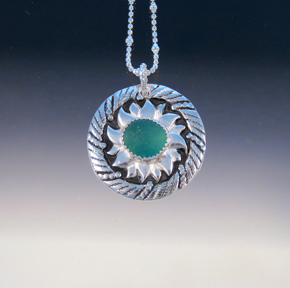 P5032 - Ring of fire pendant (large view)