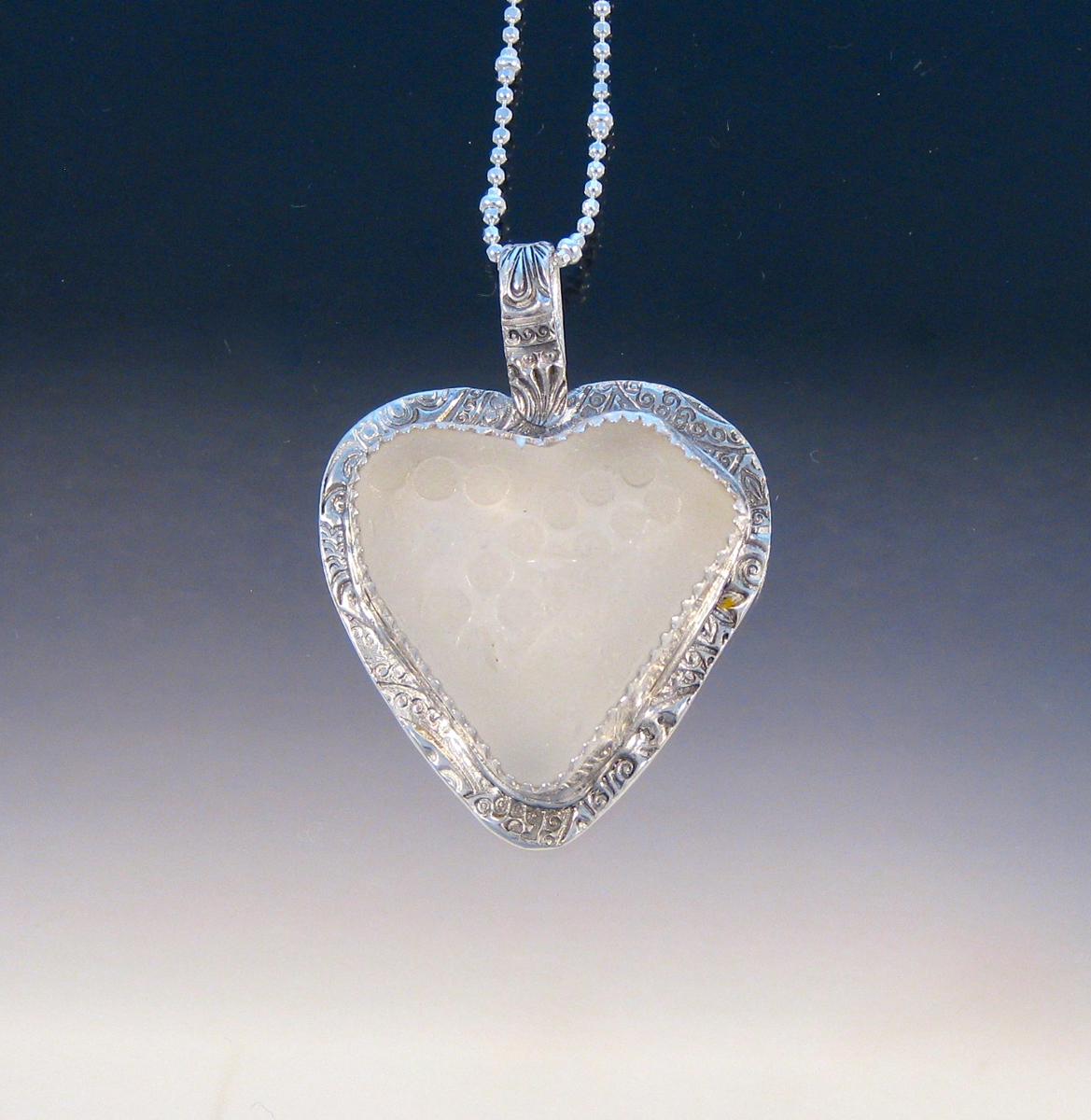P5071 - Pure white sea glass heart (large view)