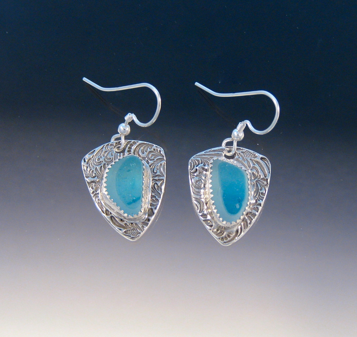 E993 - Baby blue flash glass in shield earrings (large view)