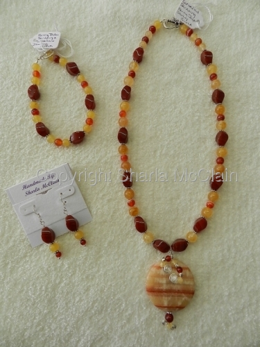 Carnelian, Sardonyx, Burma Jasper Necklace w/Pendant, Bracelet & Earrings