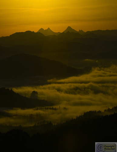 Spencers Butte Sunrise (large view)