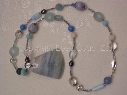 cool ,beachy- like summer necklace (large view)
