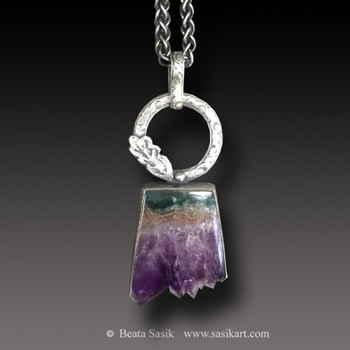 AMETHYST AND AGATE PENDANT