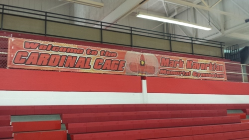 Cardinal Cage Full Banner installed