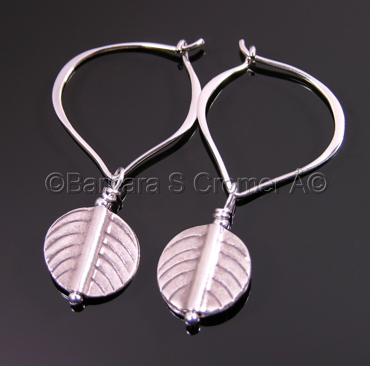 Thai silver leaves and lotus earrings (large view)