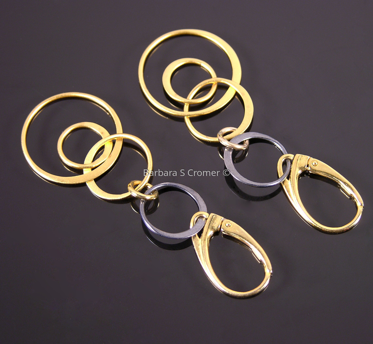 Golden & black circles earrings (large view)