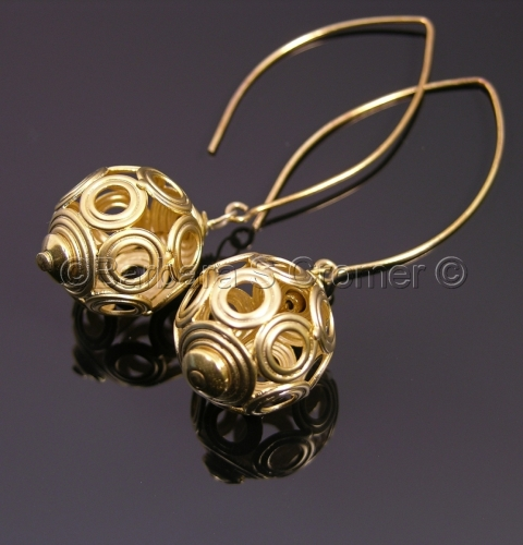 golden mod orb earrings (large view)