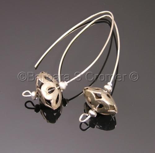 vintage, modern, silver floral drop earrings