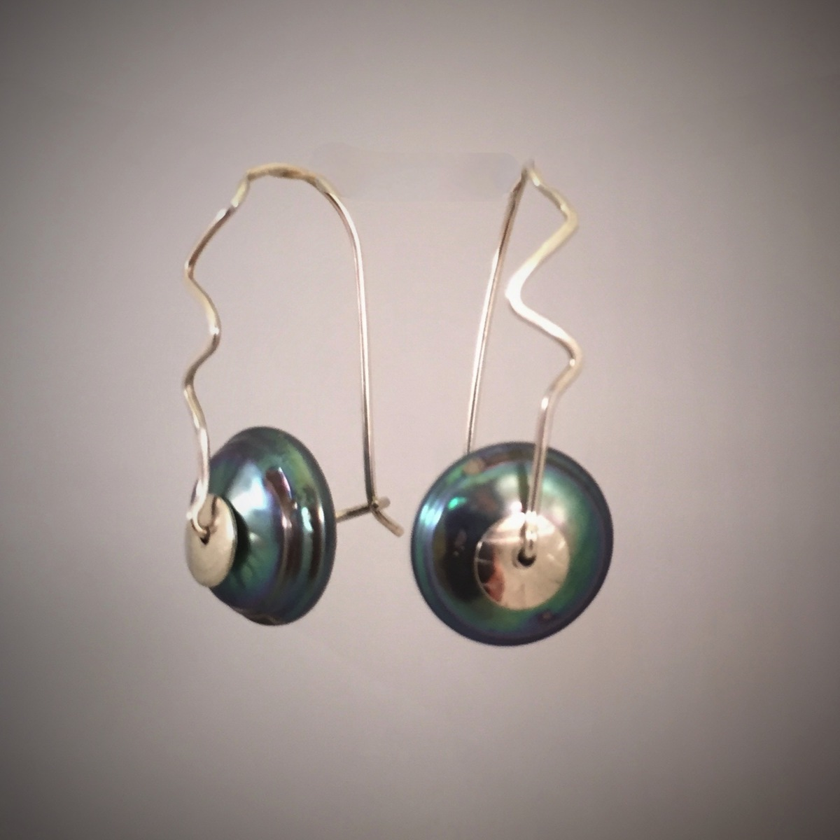 Forged Silver Grey Fresh Water Button Pearl Clasp Earrings (large view)