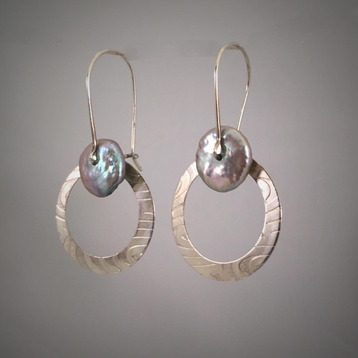 Pearl Hoop Swing Earrings (large view)