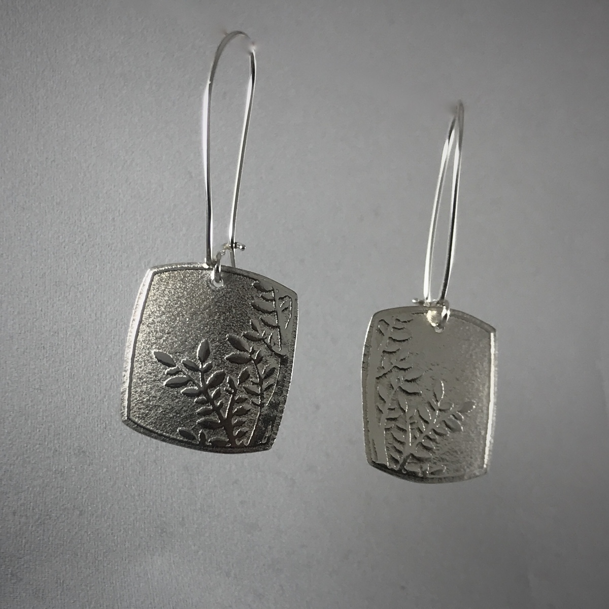 Silver Square Leaf Pattern Clasp Earrings (large view)