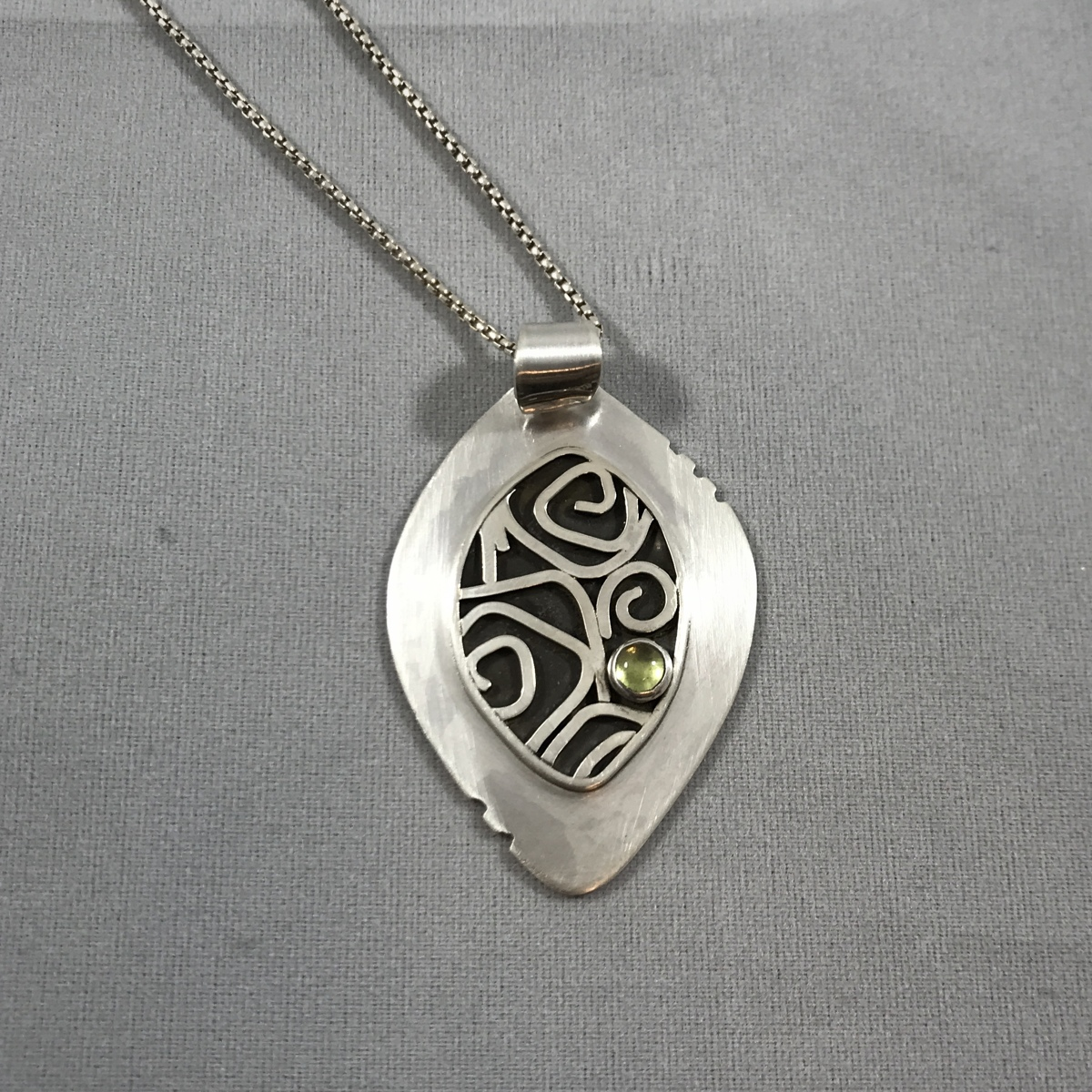 Tribal Leaf Pendant (large view)