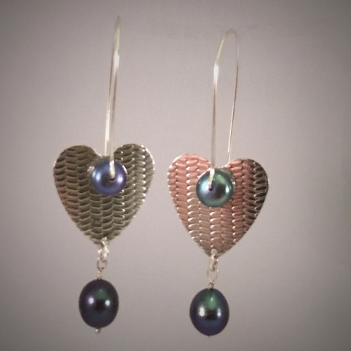 Patterned Silver Large Heart Clasp Earrings With Fresh Water Pearls (large view)