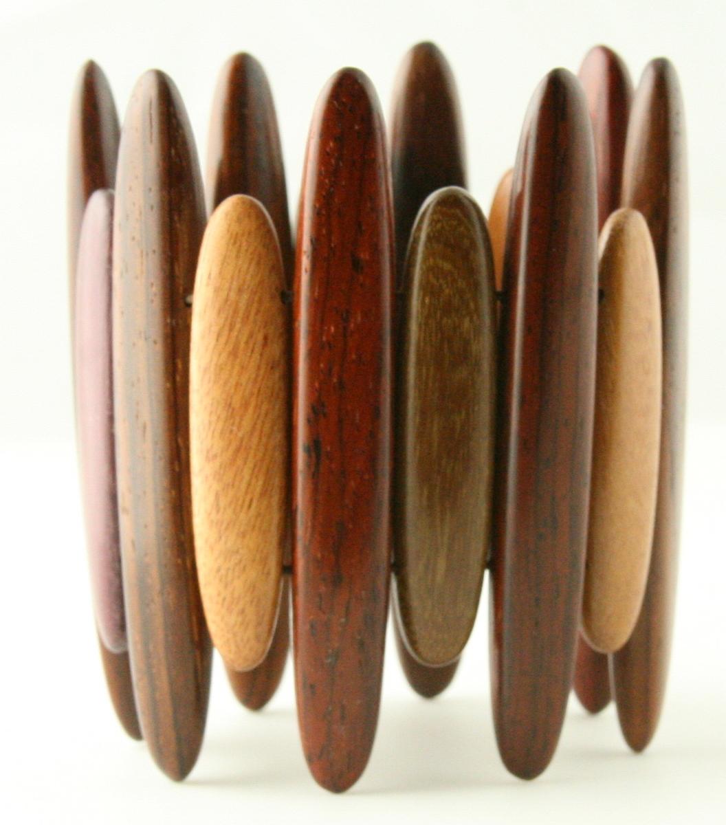 Polished Wood Bracelet_CHARA (large view)