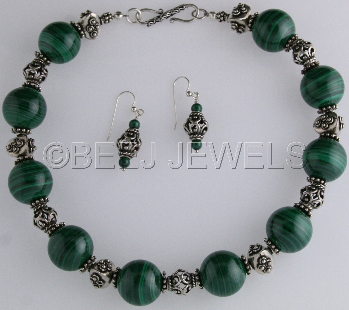 Green Malachite with Large Ornate Bali Silver Bead Necklace _ALULA AUSTRALIS (large view)
