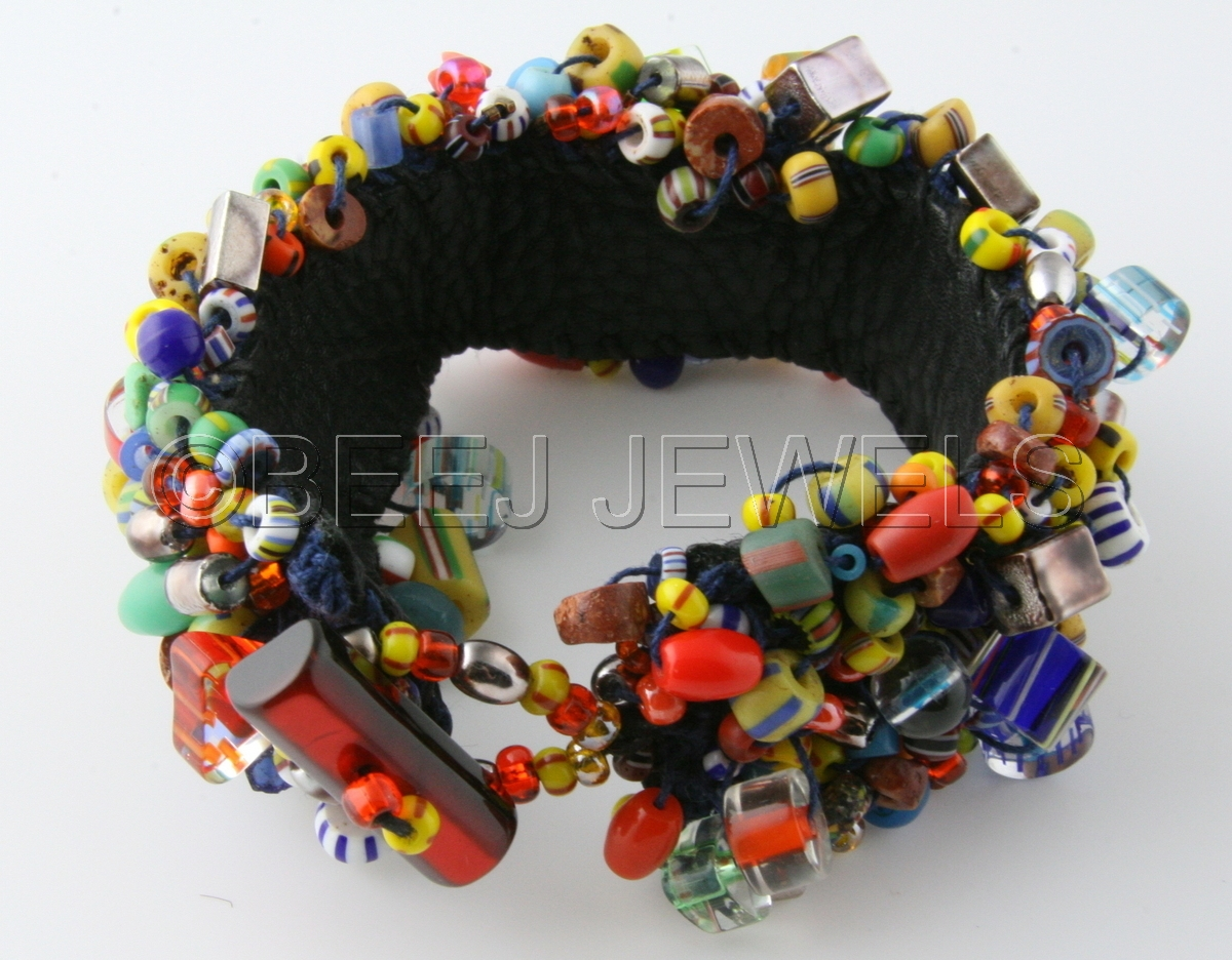 Beaded Crochet Leather Bracelet - ALDERAMIN (large view)