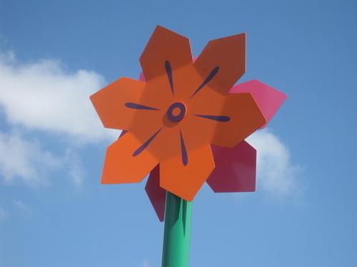 Flower Pin Wheel