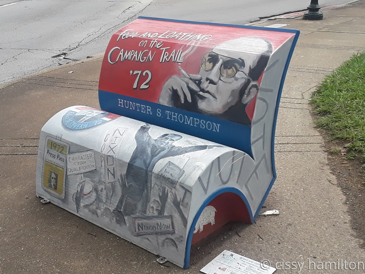 Bookbench (large view)