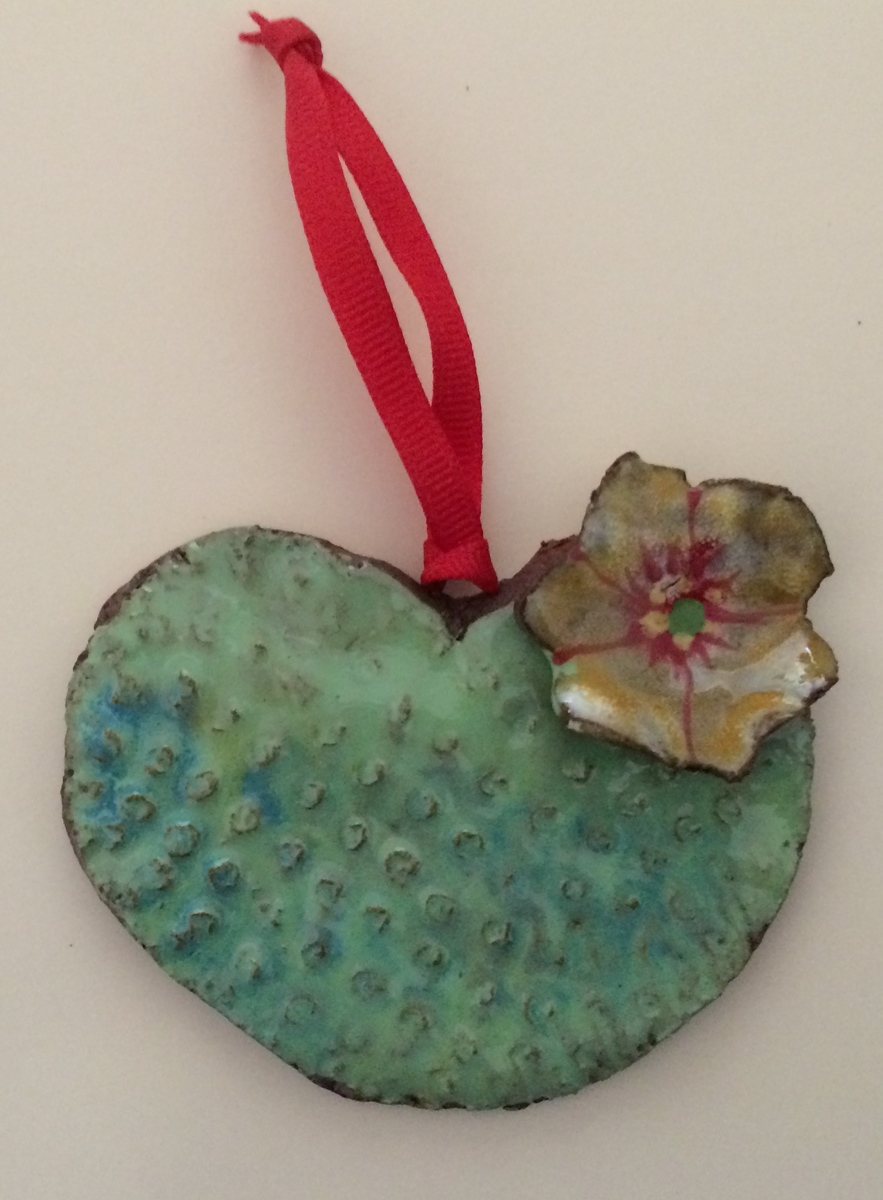 Heart-Shaped Cactus Pad Ornament (large view)