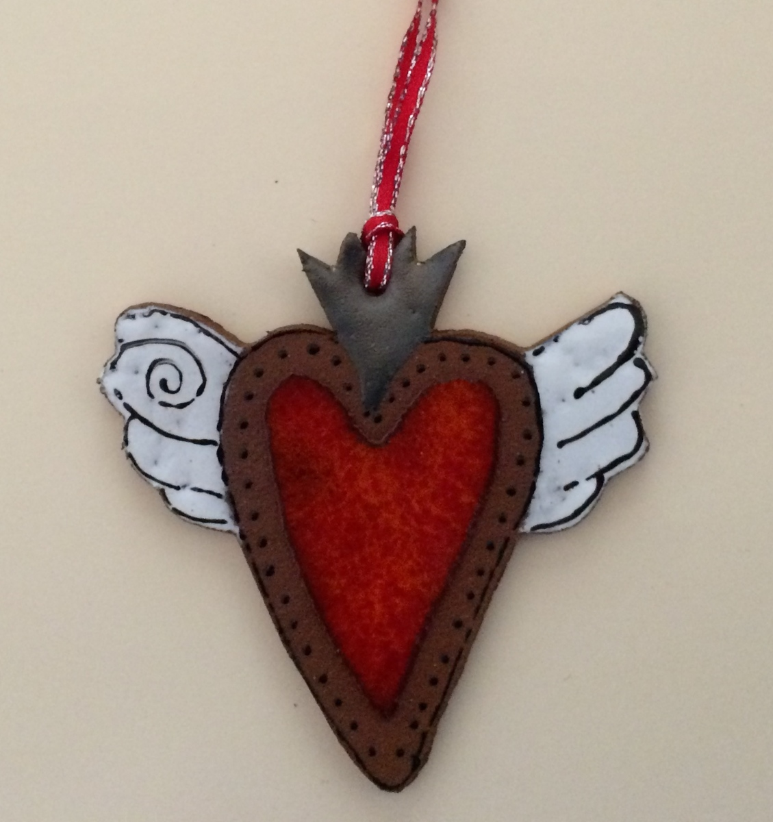 Winged Heart Ornament (large view)
