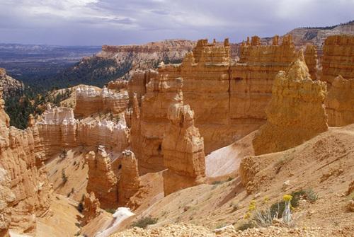 """Bryce Canyon"""