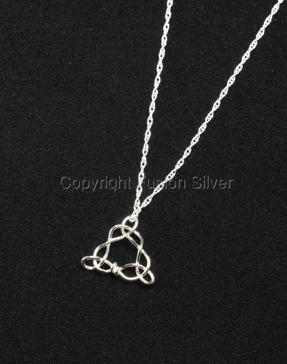 Celtic Triangle Pendant (large view)