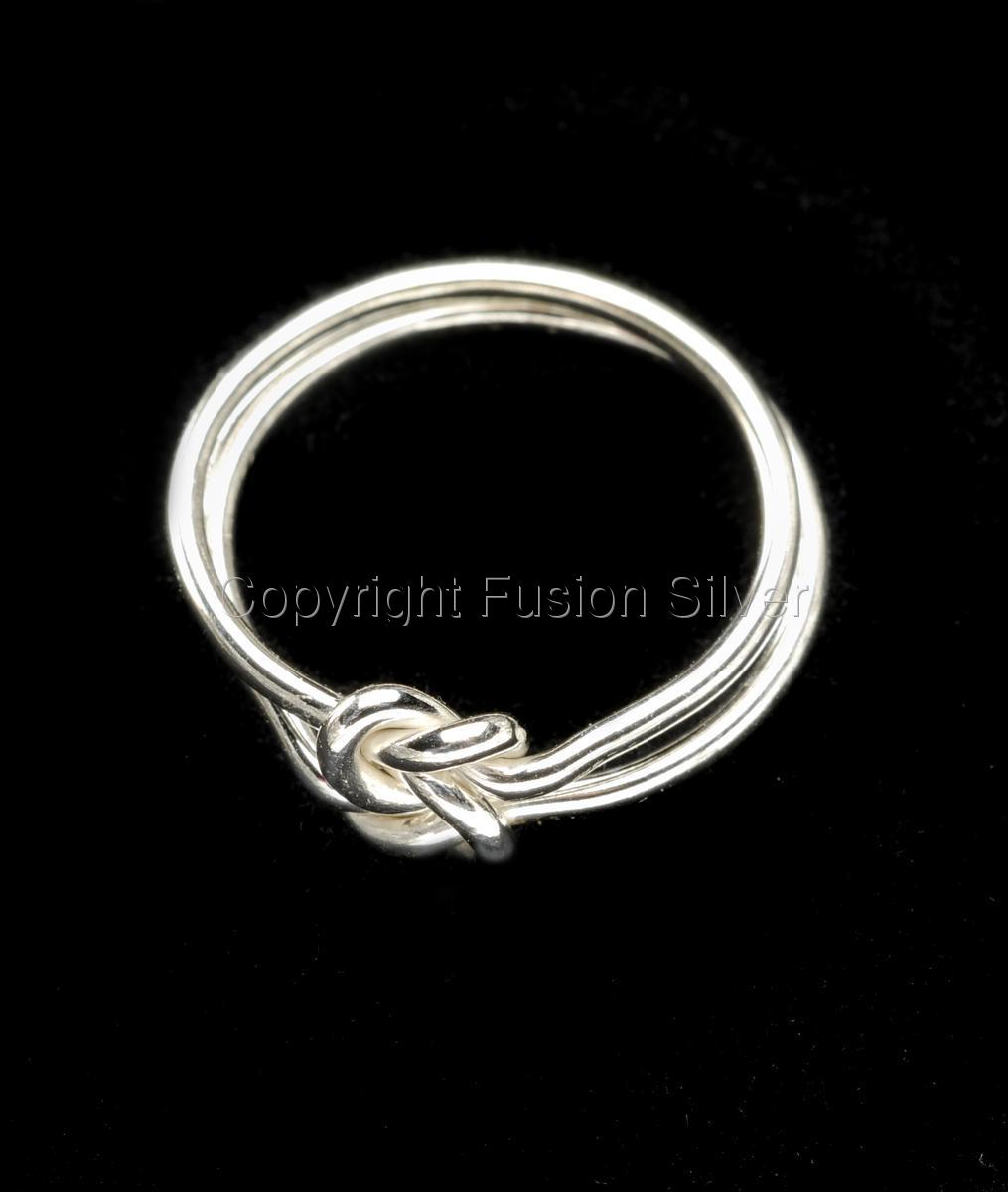 True Love knot ring (large view)