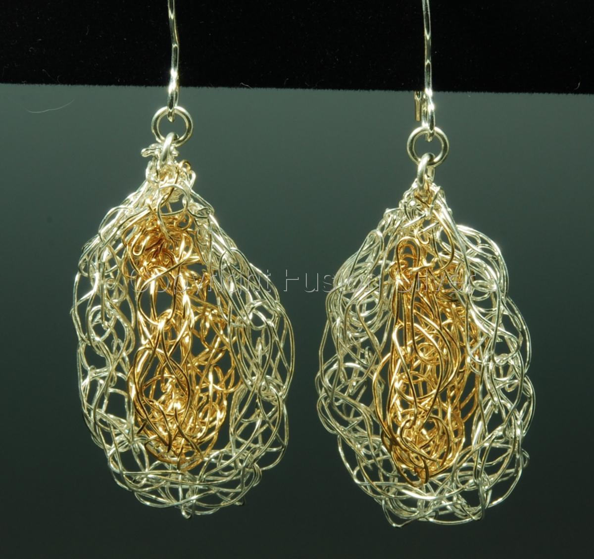 5 Star knitted 2 tone earrings (large view)