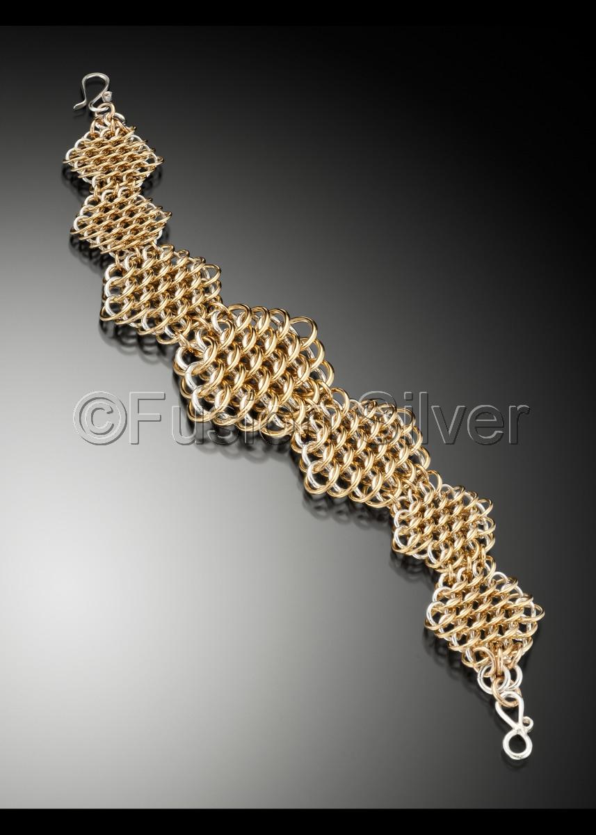 Hexagon Dragon Scale Bracelet (large view)