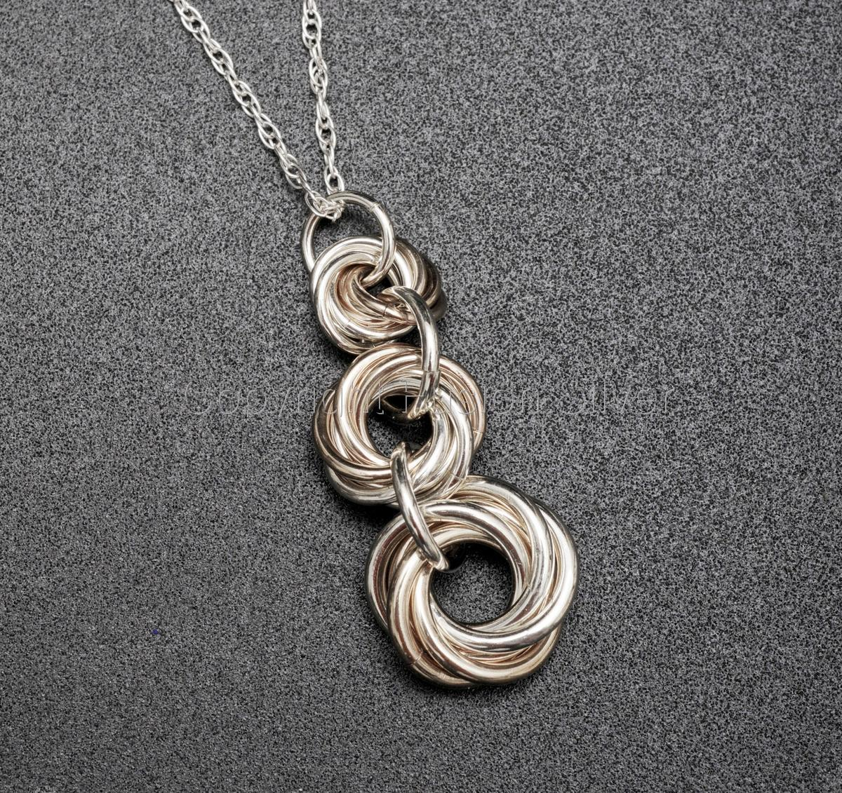 Mobius 3 stack Pendant (large view)