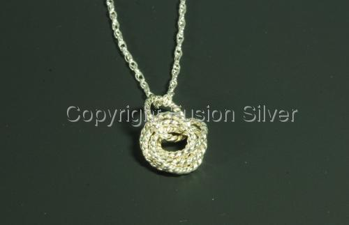 Mobius Pendant - Twisted Wire - Medium (large view)
