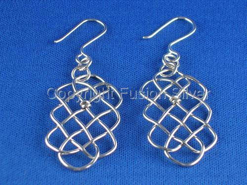 Prolong Knot Earrings
