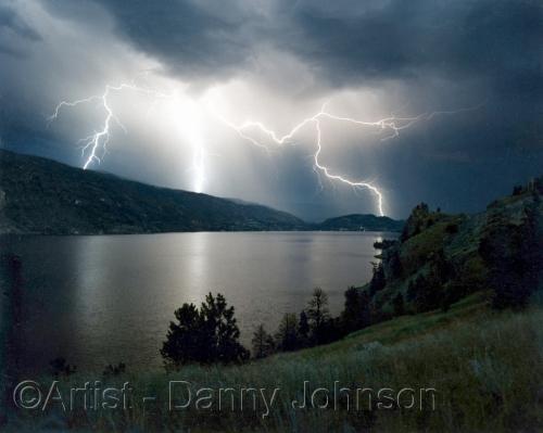 lighting strikes - skaha lake penticton