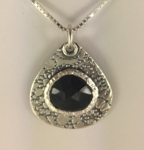 Small Black Onyx Pendant