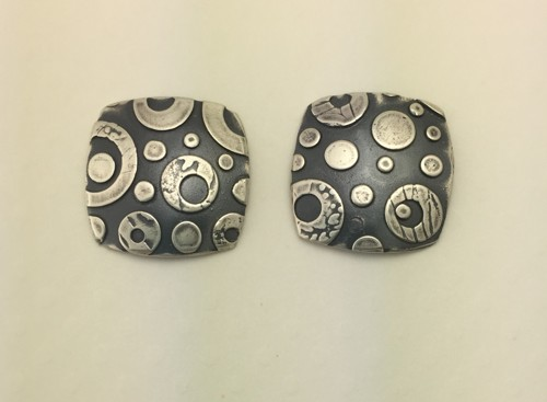 Rounded Square Circles Stud Earrings