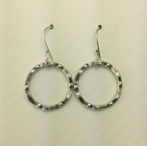 Wavy Circle Earrings