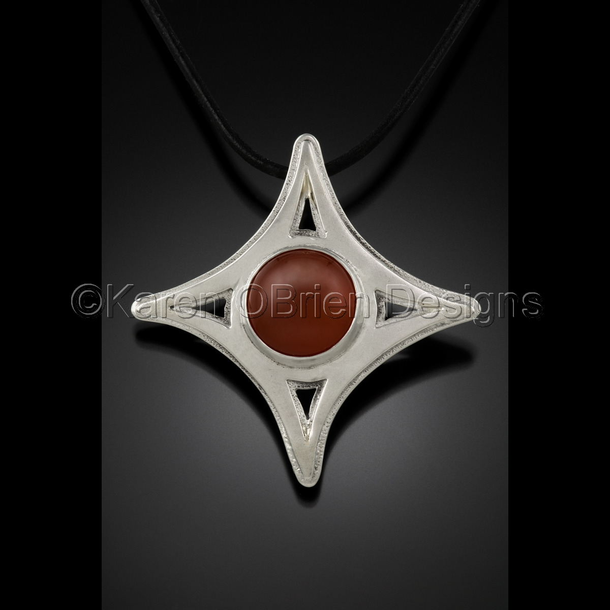 Homage - Silk Road Star Pendant (large view)