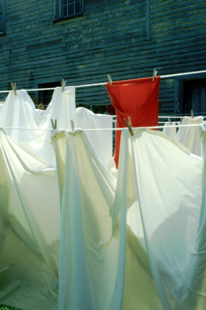 Clothesline #032 (large view)