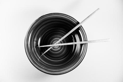 Bowl + Chopsticks (monochrome)