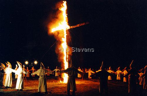 DsVision-America: KKK Cross Burning