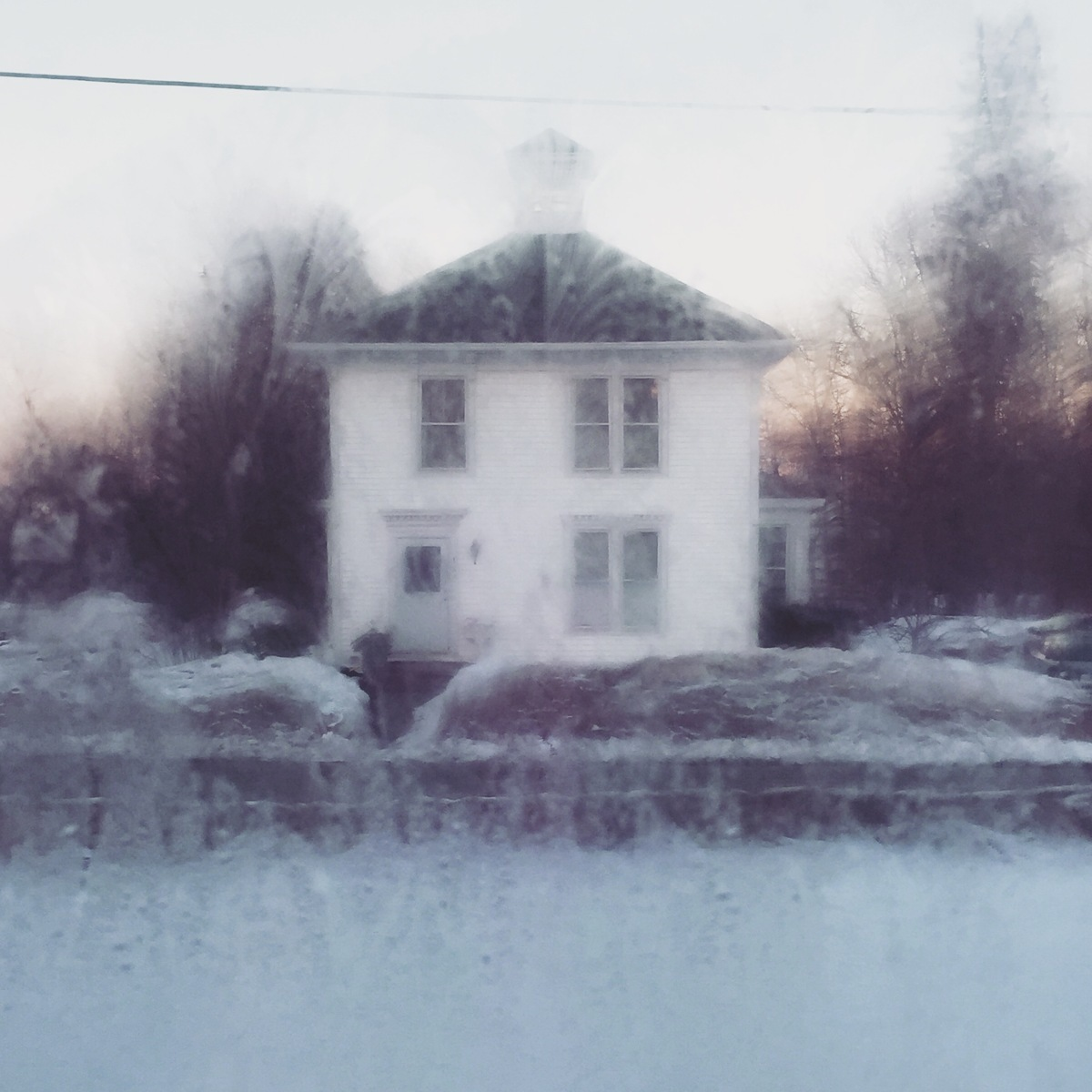 3.23 Wet dawn white house (large view)
